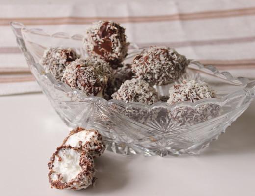 kookospallot