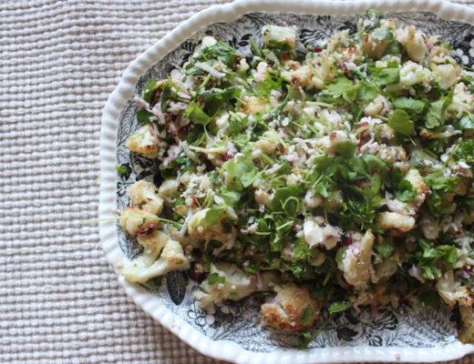 kukkakaalisalaatti